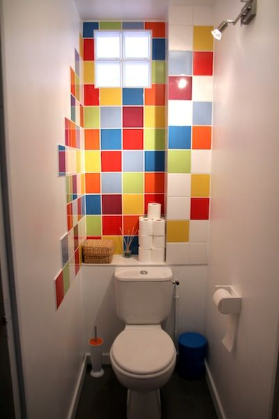 Diy insolite comment d corer ses toilettes for Modele carrelage toilette